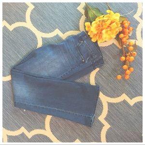 Medium Wash Wide Leg Jean
